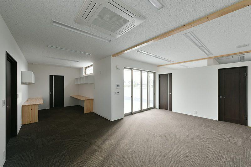 青垣労務管理事務所